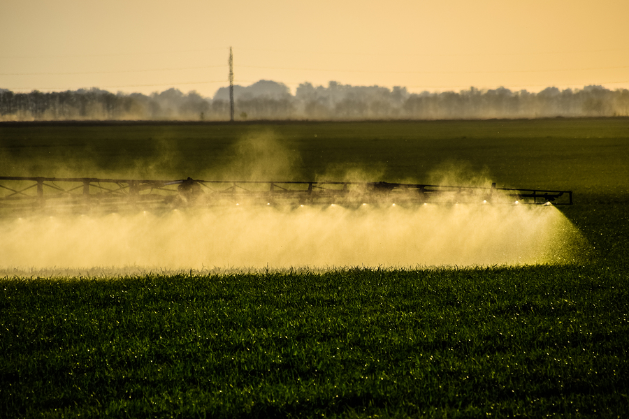 jets of fertilizer on crops spray